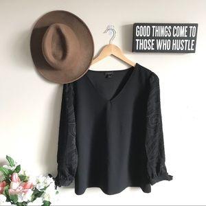Ann Taylor Jacquard Tie Sleeve V-Neck Top In Black